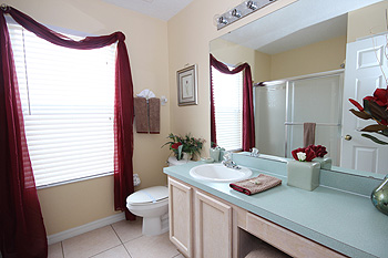 Upstairs Family Bathroom